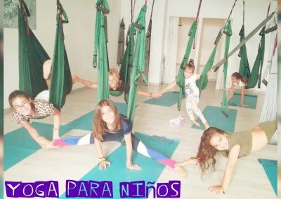 YogaNiños-SanPedroAlcantara-Marbella-YoSoYoga.com